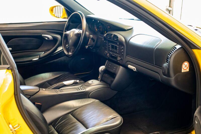 Porsche 911 Carrera 4S Coupé Tiptr. - 7
