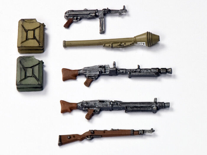 KING AND COUNTRY German Weapons Set 1 30 Scale Models WW2 WS321