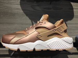 Image is loading Nike,AIr,Huarache,Rose,Gold,859429,900,Women