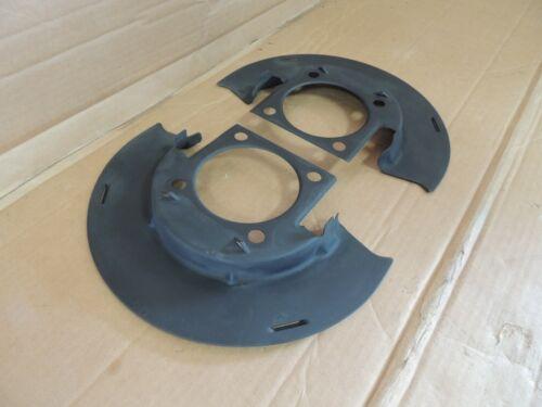 01-07 Chevy Silverado//GMC 2500 FRONT BRAKE DUST SHIELD PAIR 25846355 GENUINE