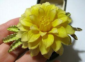 Vintage-Rare-Large-3D-Life-Like-Celluloid-Corsage-Flower-amp-Enamel-Pin-BROOCH