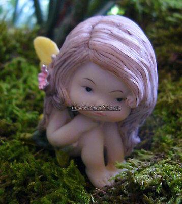 Little Mermaid Sleeping in Seashell Miniature Fairy Gnome Hobbit Garden TO 4312