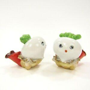 Vtg-Anthropomorphic-Onion-Turnip-Head-People-Salt-Pepper-Shaker-Set-Japan-INV268