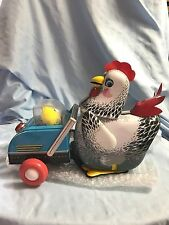 VINTAGE HEN AND CHICKENS ME 603 BATTERY OPERATED TIN -NEW Old Stock