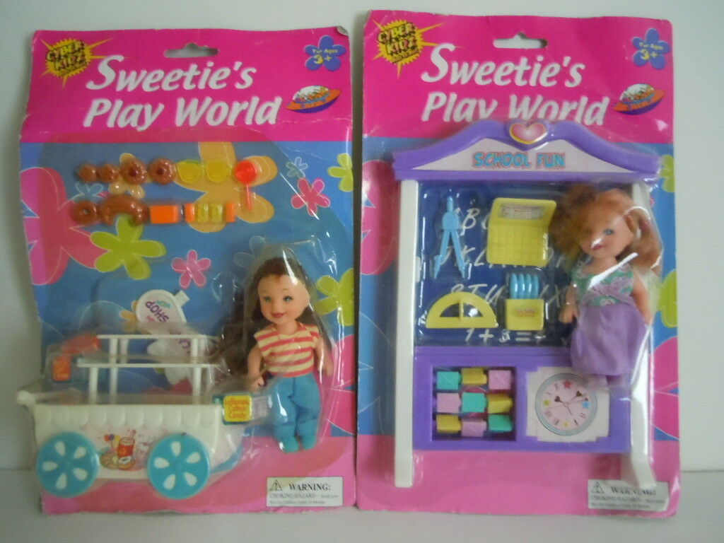 VINTAGE KELLY DOLL CLONE   SWEETIE'S PLAY WORLD   CANDY, BAKERY SHOP+ SCHOOL FUN