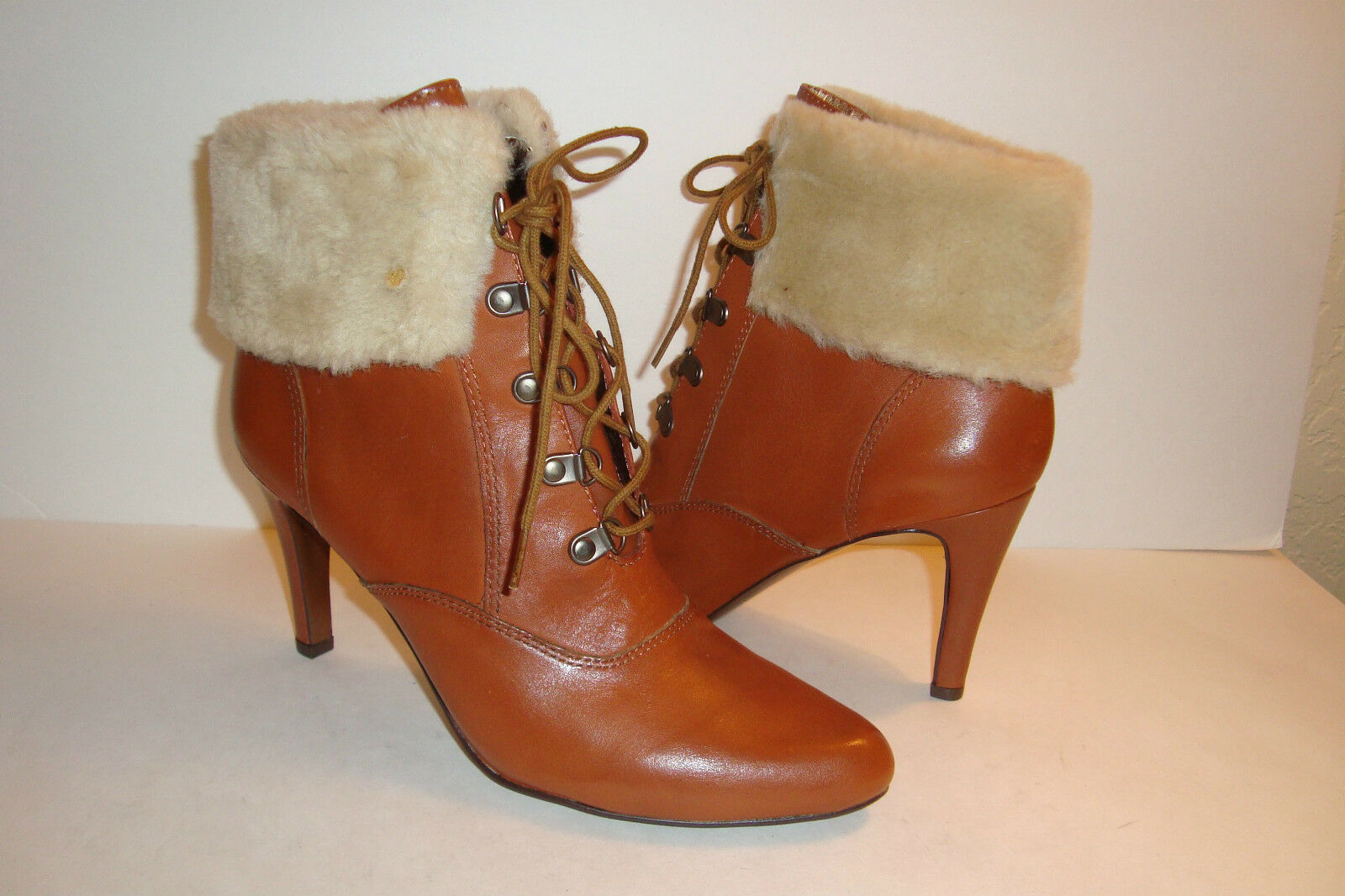 Ellen Tracy Womens NWOB Return Brown  Ankle Boots With Fur shoes 8 MED NEW