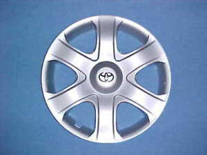2009-10-TOYOTA-MATRIX-HUBCAP-16-034-ONE-NEW-NOT-USED-FACTORY-O-E-M-HUB-CAP