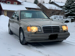 1993 Mercedes-Benz E320