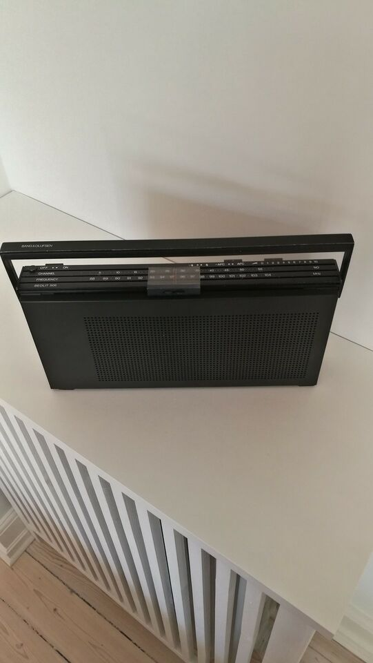 AM/FM radio, Bang & Olufsen, Beolit 500t
