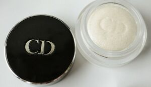 Dior-001-LUNE-Diorshow-Fusion-Mono-Long-Wear-Eyeshadow