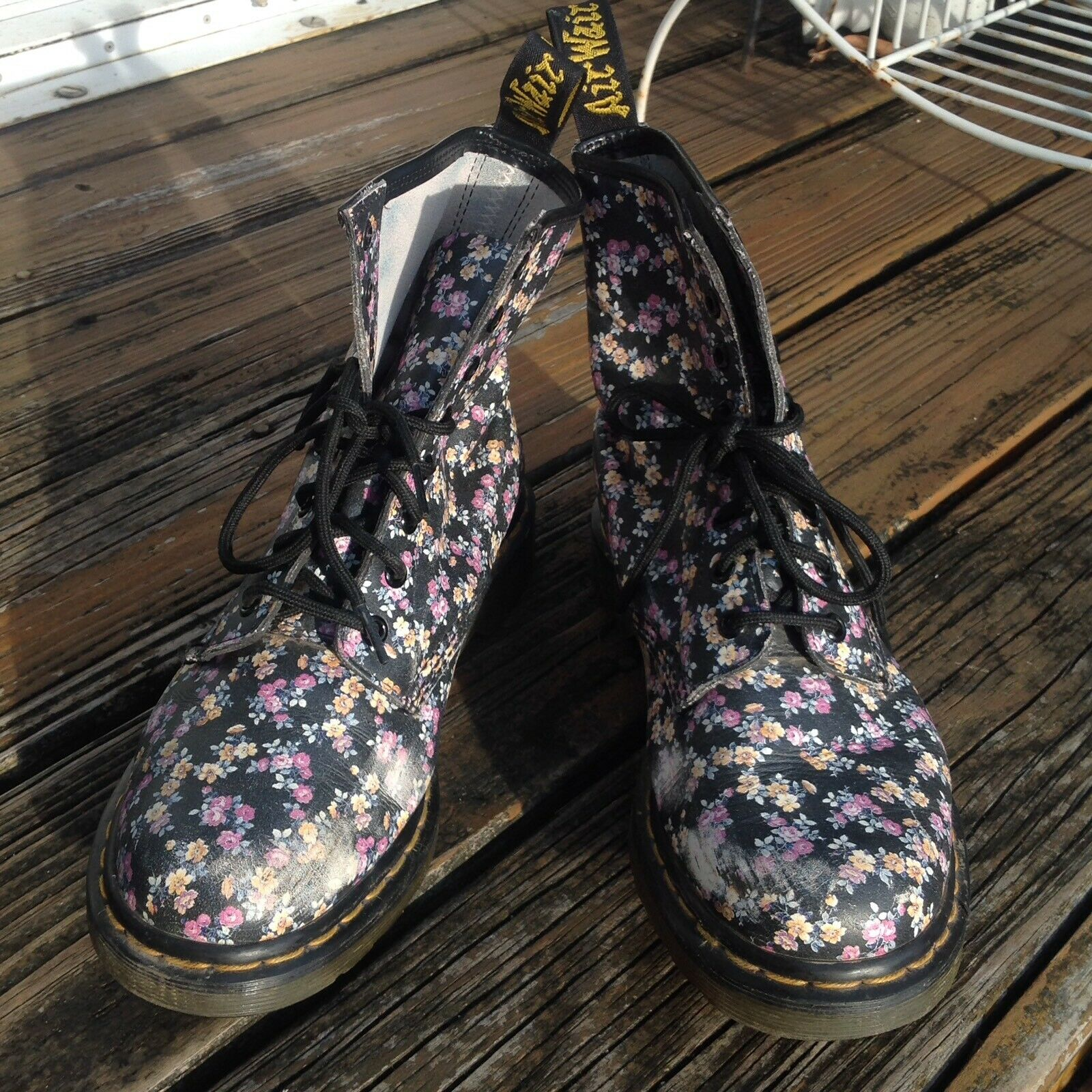 Dr. Doc Martens Victorian Black Floral Boots 8 39 1460 Pink Green Leather Combat
