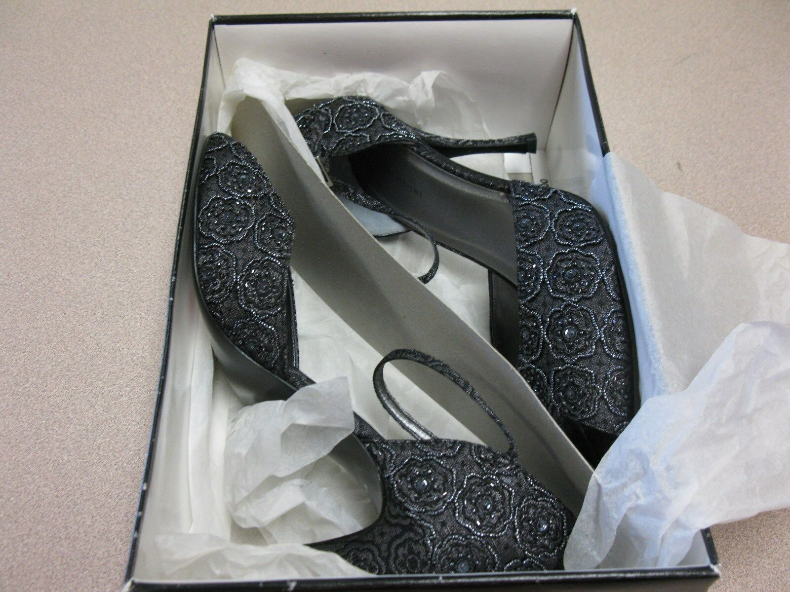 Valerie Stevens Worth Beaded Leder High Heel Schuhes Pumps 10M