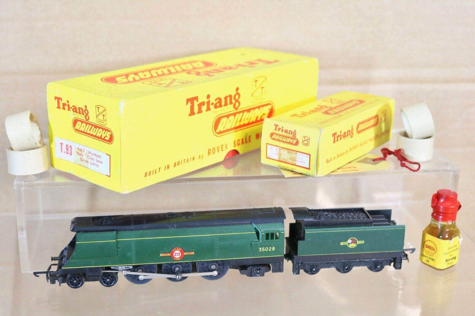 TRIANG T93 T94 TT GAUGE BR 4-6-2 MERCHANT NAVY CLASS LOCO 35028 CLAN LINE BOXED