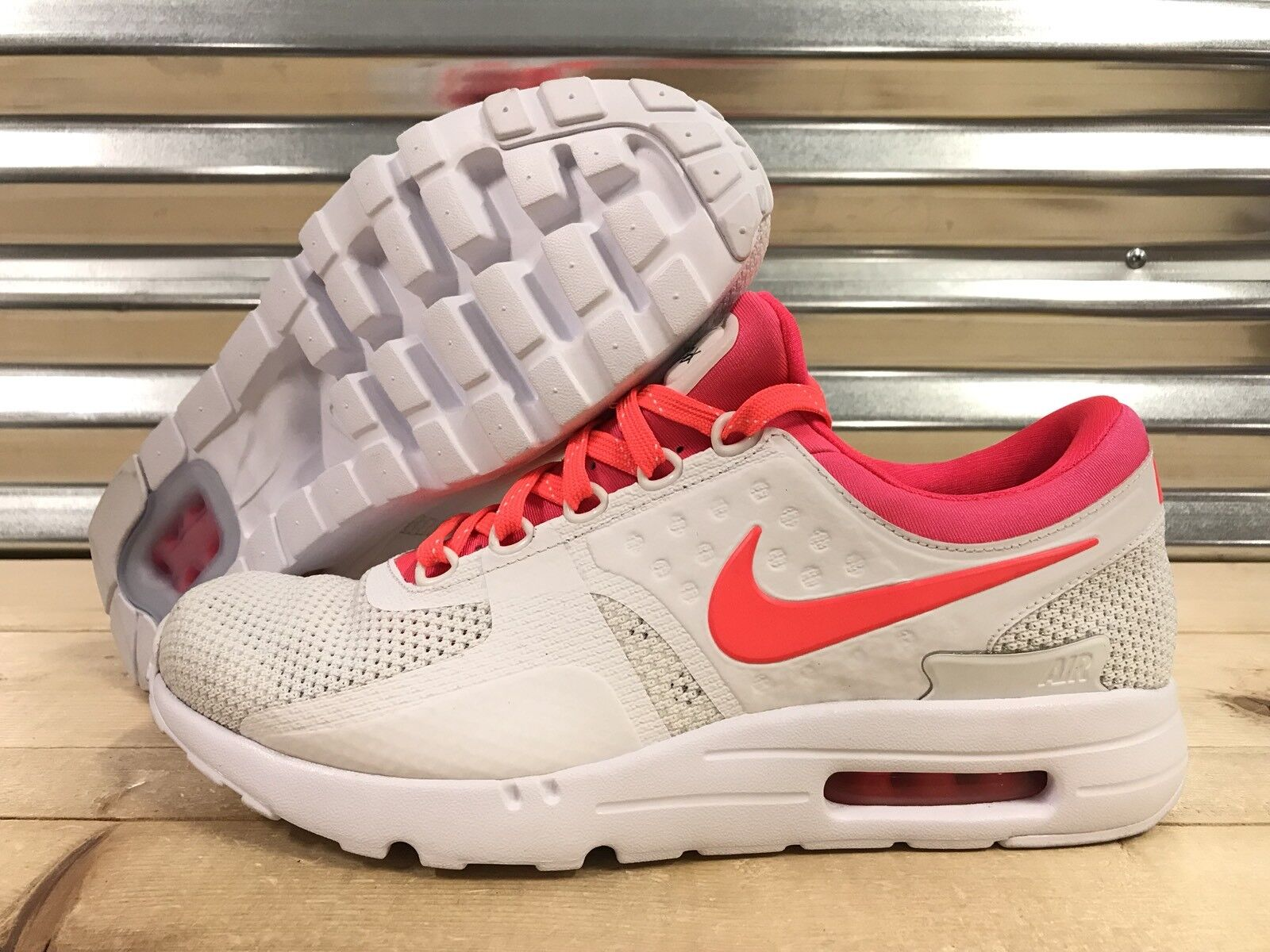 Nike Air Max Zero iD fonctionnement chaussures blanc Infrarouge Punch SZ 10.5 ( 853860-902 )