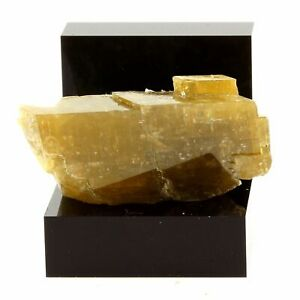 France Rare Commodities Are Available Without Restriction 97.63 Ct Vizille Mésage Mine Siderite