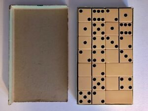 Vintage-Antique-Butterscotch-Bakelite-Catalin-Chunky-Large-Domino-Boxed-Set