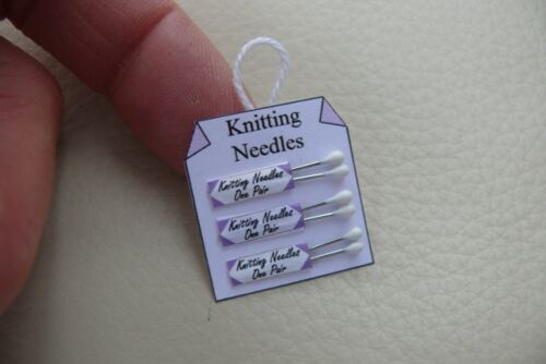 1//12th dolls house SG KNITTING NEEDLE HANGING DISPLAY CARD