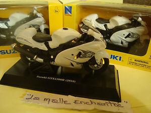 MOTO-MINIATURE-SUZUKI-GSX-1300-R-HAYABUSA-2010-NEUVE-EN-BOITE-NEW-RAY-1-18