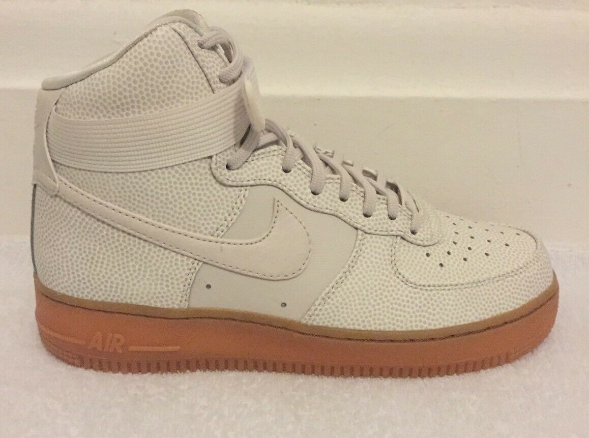 Nike Air Force 1 High se CON Taglia 5.5 (UK) NUOVO CON se SCATOLA c0283b