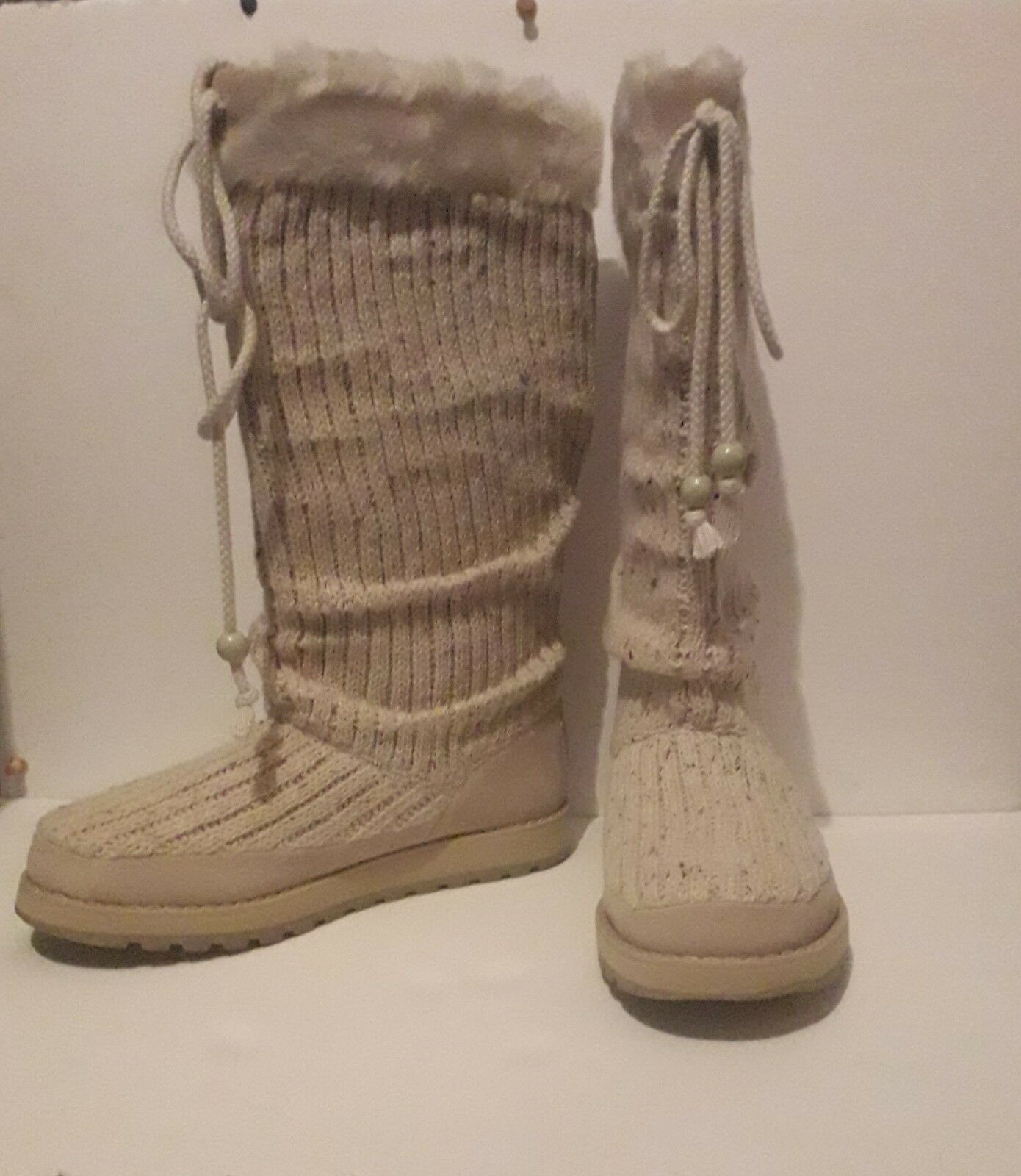 SKECHERS Cream White Brown Faux Fur Size UK 6 Laced Fabric Natural Snow Boots