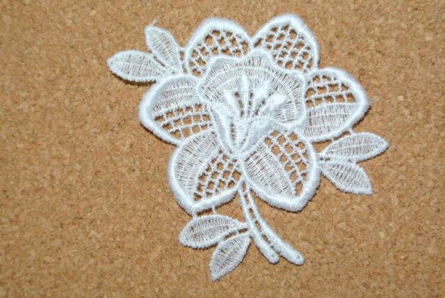 Flowers - Daffodil - sew-on lace motif/applique/patch/craft/card making