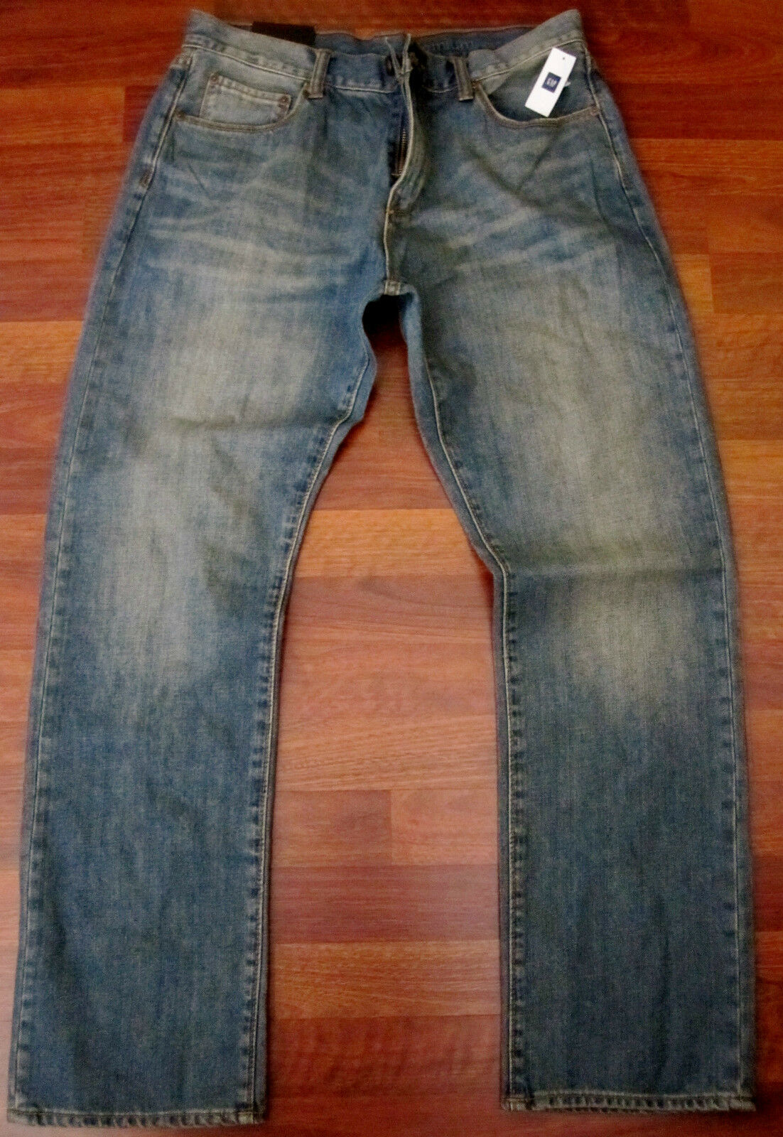 Gap Relaxed Straight Leg Jeans Men's Size 30 X 32 Distressed Sexy bluee Wash NWT