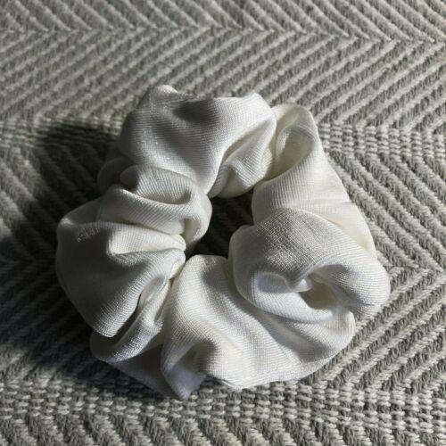 White Knit Vintage Scrunchie Hair Band