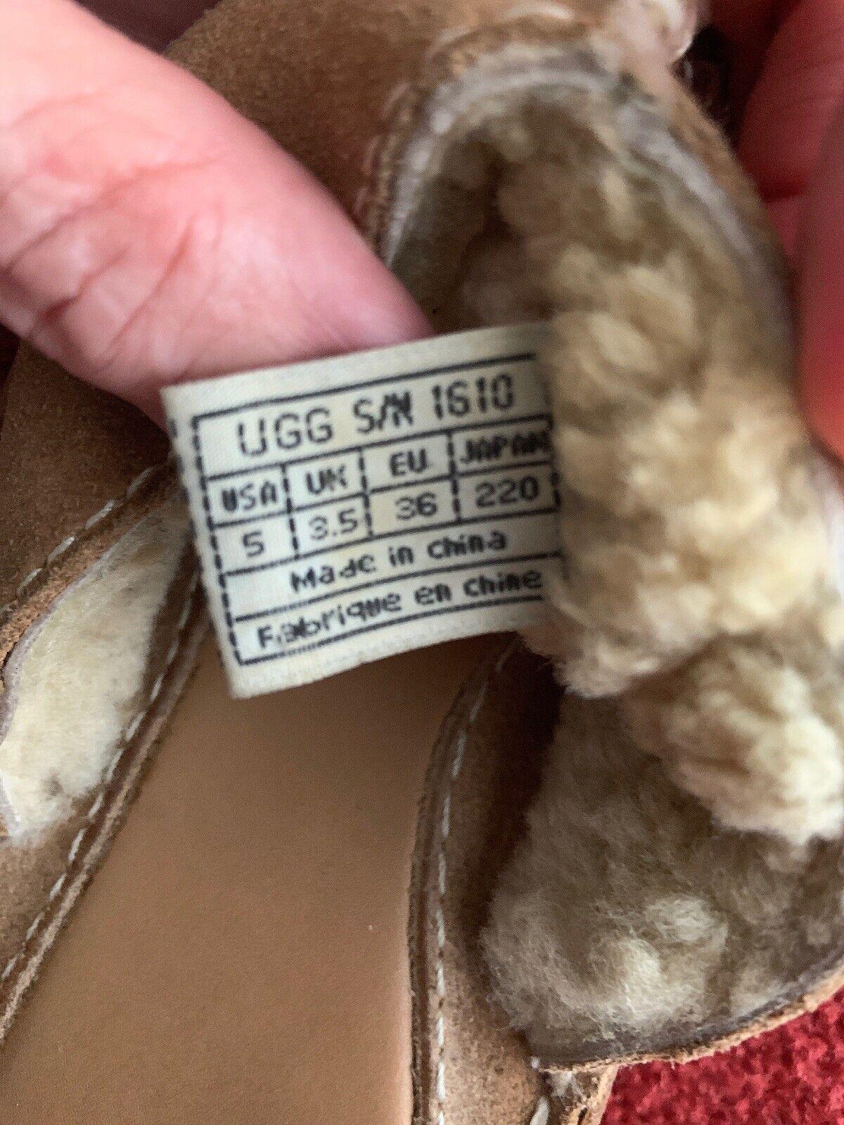 UGG Sandal - image 3