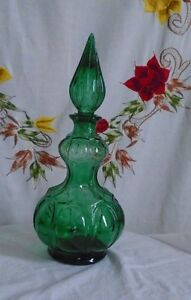 """VINTAGE GREEN GLASS JEANIE STYLE DECANTER~14"""" TALL~ STOPPER"""