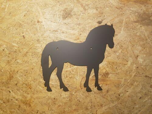 Noruegos de recubrimiento en polvo o en noble óxido muro imagen fjord-caballo Pony