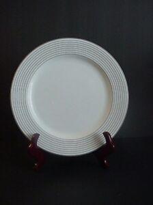 Mikasa-Maxima-CAK06-Latitudes-Dinner-Plate-Black-Rings