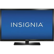 32 inch INSIGNIA TV,  LED Great Condition. Built-in DVD Player. Black.