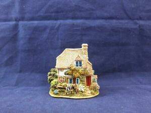 Lilliput-Lane-Nest-Egg-Cottage-Not-Boxed-No-Deeds