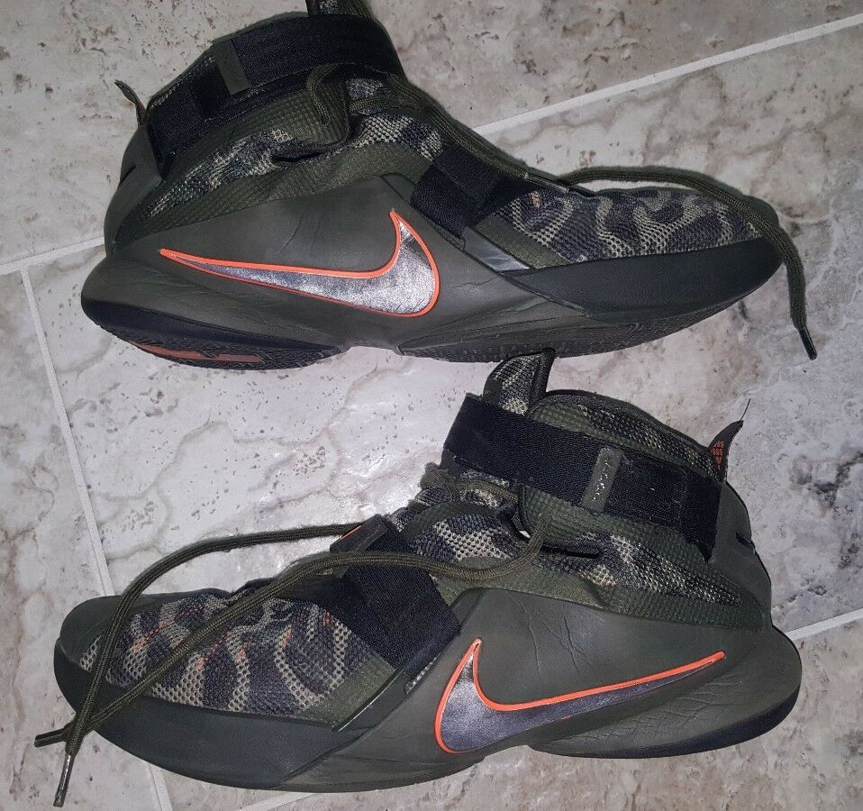 Nike LeBron Soldier IX 9 Premium Basketball Shoes Men's Size 14 Olive Green