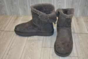 3a5f71e6a35 UGG Mini Bailey Bow Suede Winter Boots, Women's Size 8, Grey DAMAGED ...