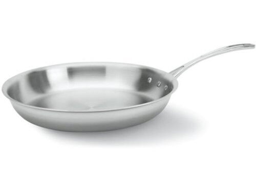 Calphalon  12-in. Tri-Ply Stainless Steel Omelette Pan New