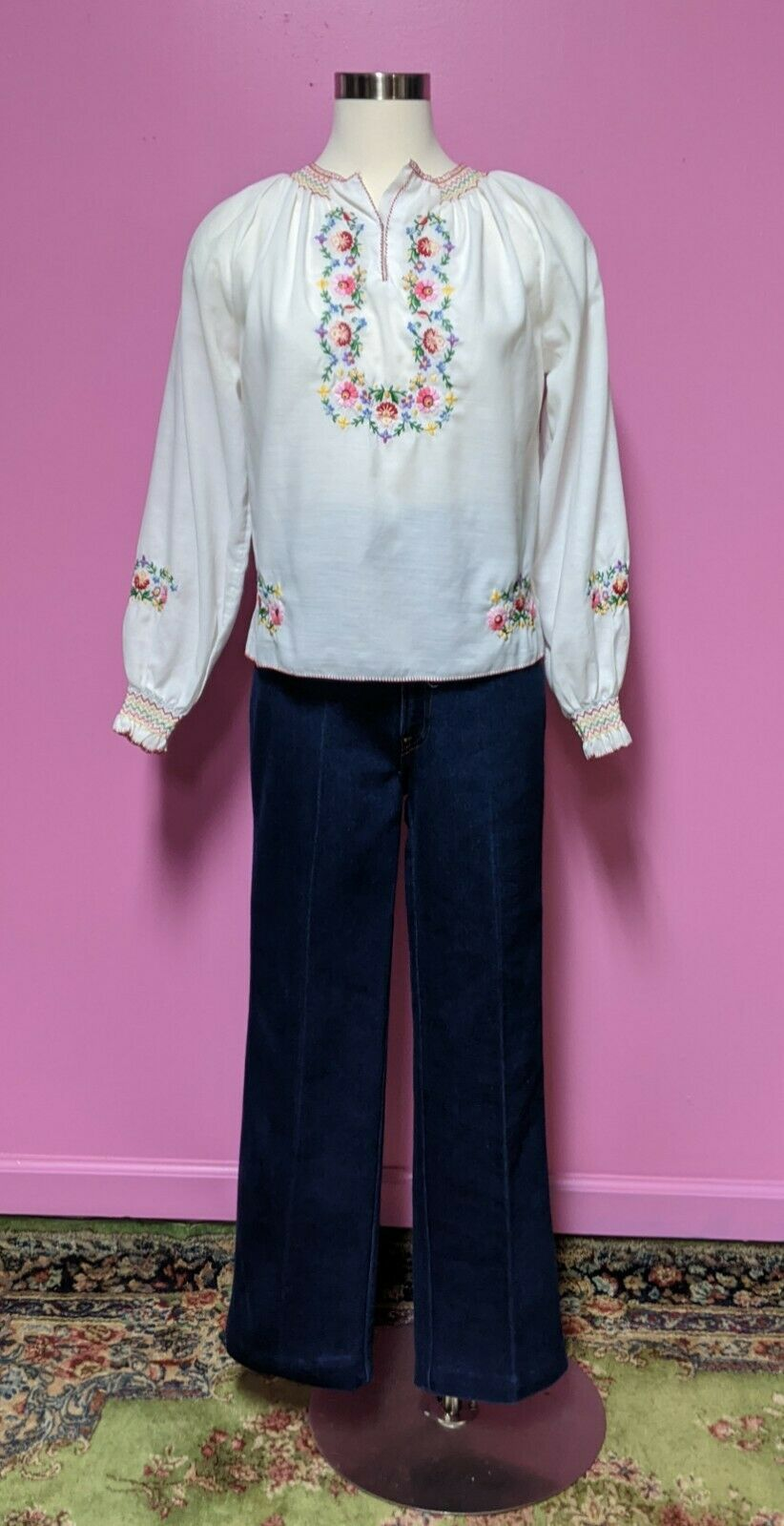 Hungarian Folk Embroidered Blouse/Size XS/S/Peasa… - image 4