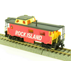 HO-Scale-Rock-Island-RI-End-Cupola-Caboose-Custom-Paint