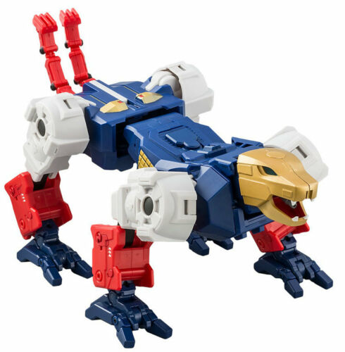 In Hand Transformers SkyLynx combination Robot MMC R-35 Leopard R35 Toys Hero