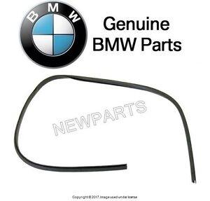 BMW E39 525i 528i 530i 540i Wagon M5 RIGHT Under Headlight Trim Genuine