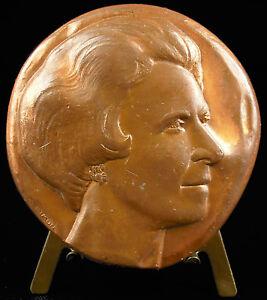 Medaglia-a-Artista-Surreale-Leonor-Finito-Surrealismo-Simon-357-G-1974-Medal