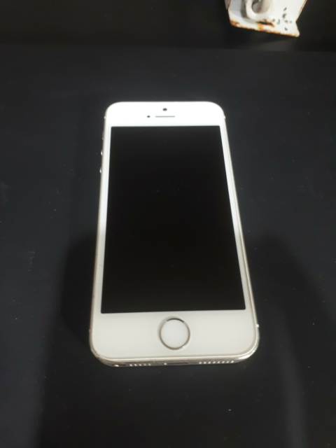 iPhone 5S, 16 GB, hvid, God, Iphone 5s, 16 Gb, screen is…