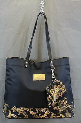 356fea6afbf1 ... V1969 ITALIA VERSACE Glossy 19V69 Handbag  wholesale dealer 85e34 b4e94  VERSACE PARFUMS Black With Gold Floral Print Canvas Duffle Weekender Tote  Purse ...