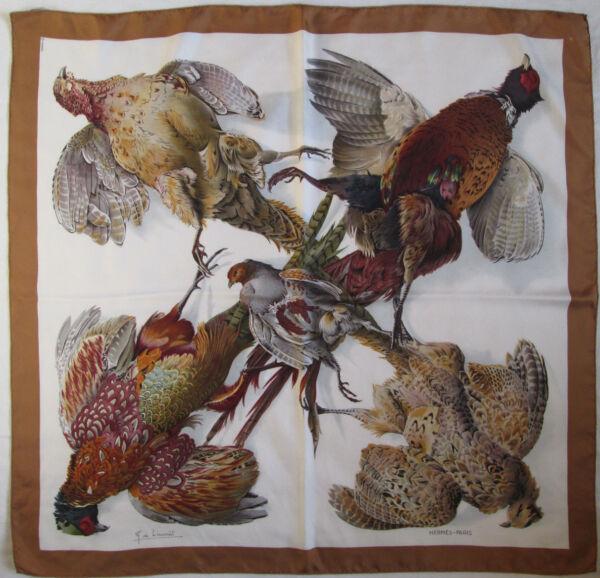 796855d20383 -Authentique Foulard HERMÈS «Belle Chasse» soie TBEG vintage scarf
