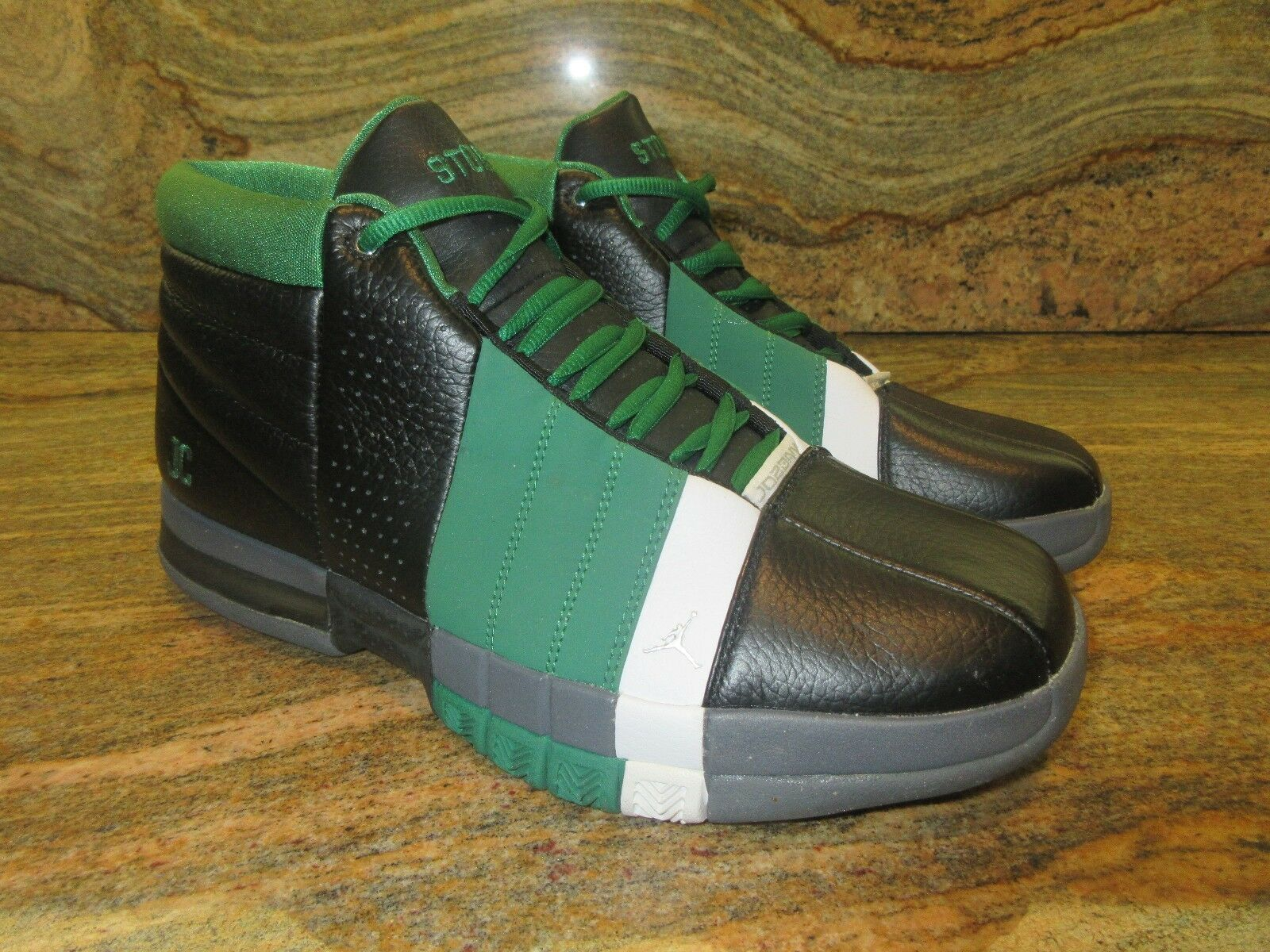 2008 Nike Air Jordan Team Elite iD SZ 9.5 Boston Celtics Green Retro 329187-991