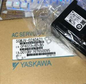 ONE Yaskawa servo motor SGMJV-02ADA21 In Box SGMJV02ADA21