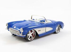 Maisto-1957-Chevrolet-Corvette-1-24-defauts-exemplaire