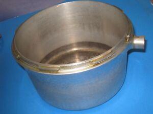 PRESTO-40-Pressure-Cooker-Canner-KETTLE-Part-BOTTOM-KETTLE-vintage-71J3
