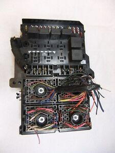 FUSE/RELAY BOX OEM CHRYSLER TOWN AND COUNTRY 1998 ...