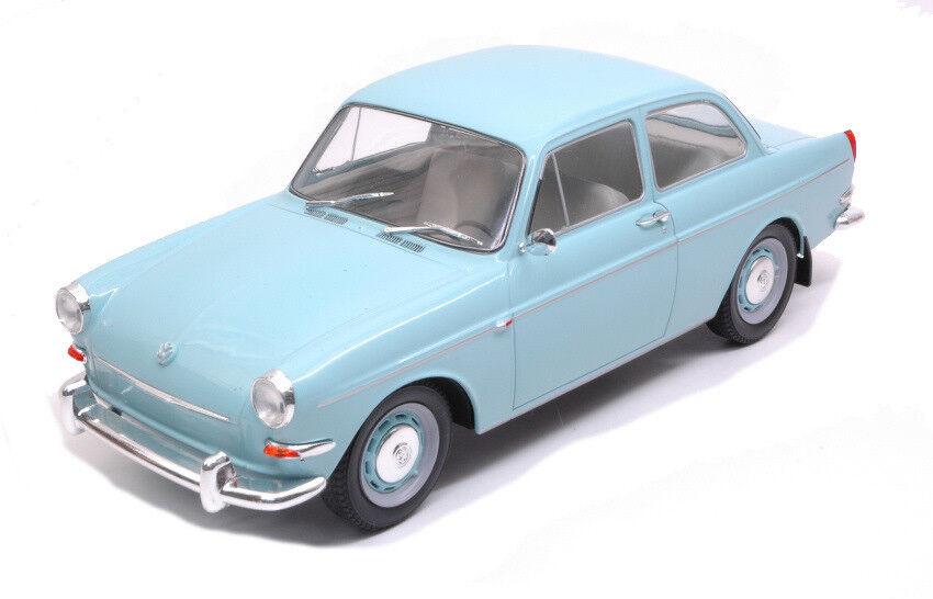 Volkswagen VW VW VW 1500 S (typo 3) Light azul 1 18 Model modelcargroup 1d7535
